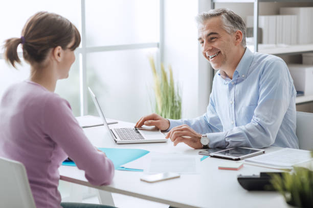Berater-Meeting mit einem Kunden – Foto