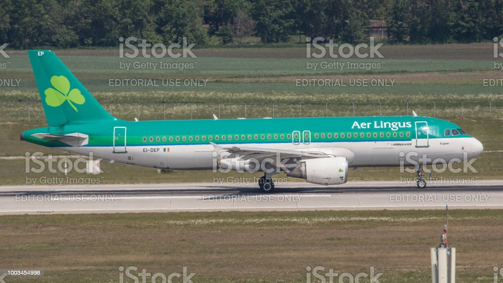 Aer Lingus Airbus A320 ready to take off at Munich Airport stock photo