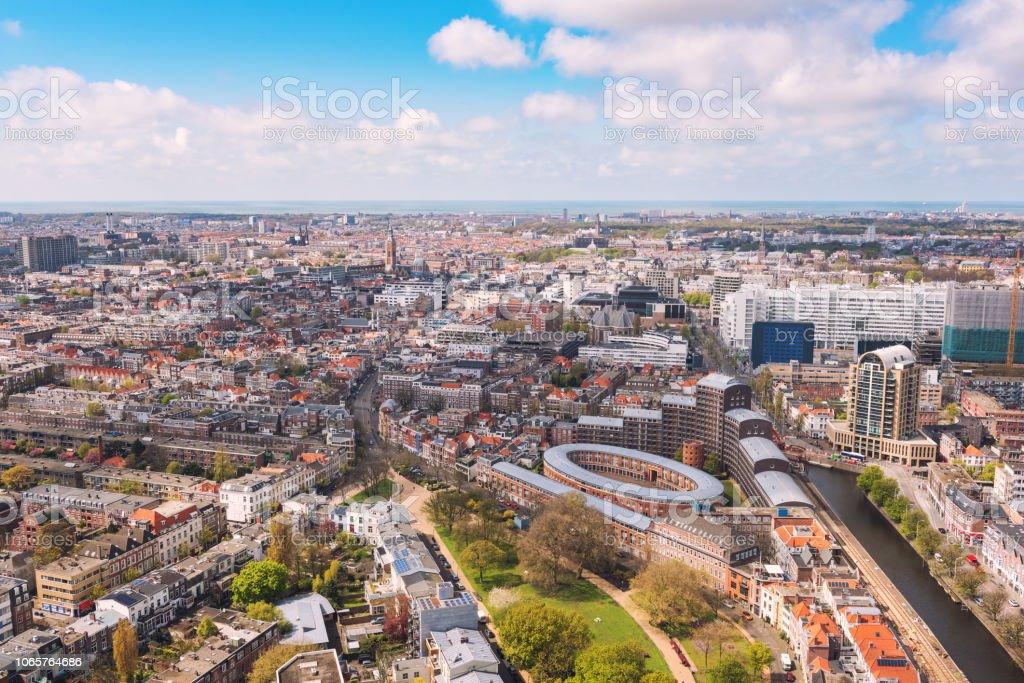Aerial Stadtbild von den Haag (Den Haag), erhöhte Ansicht, Niederlande – Foto