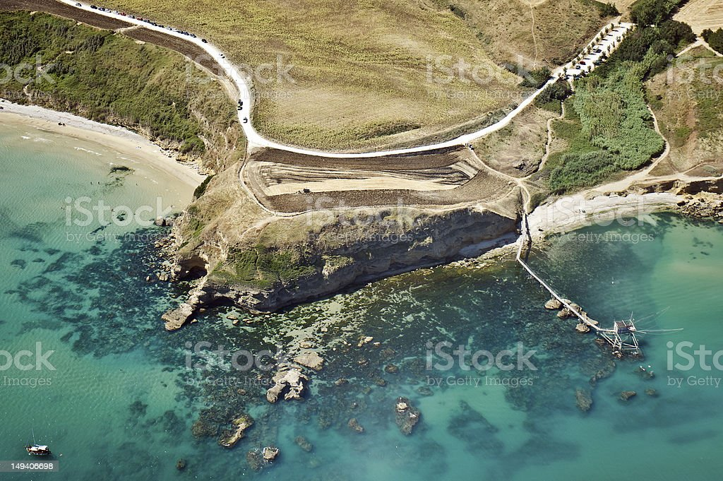 Widok z lotu ptaka z widokiem na wybrzeże – zdjęcie