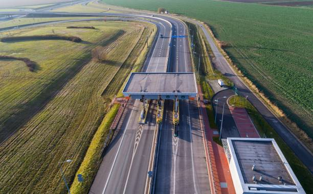 Aerial drone view of toll collection point picture id907491202?b=1&k=6&m=907491202&s=612x612&w=0&h=rno04fe4ykr9so31hyjd8xxdrdstoyfgmmxaqn sd8g=