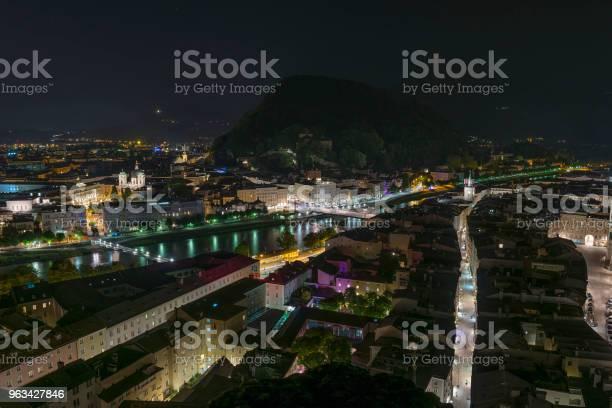 Widok Z Lotu Ptaka Na Stary Salzburg - zdjęcia stockowe i więcej obrazów Architektura