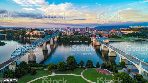 Aerial Of Chattanooga Tennessee Tn Skyline Stock Photo - Download Image Now