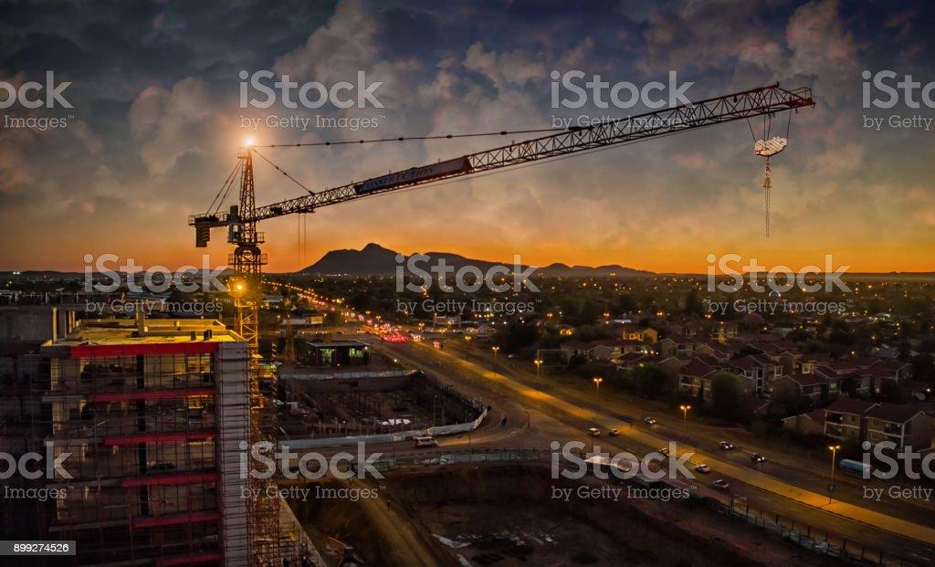 Antenne des Kran-Sonnenuntergang – Foto