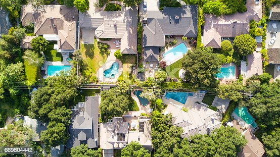 istock Aerial of Homes 669804442