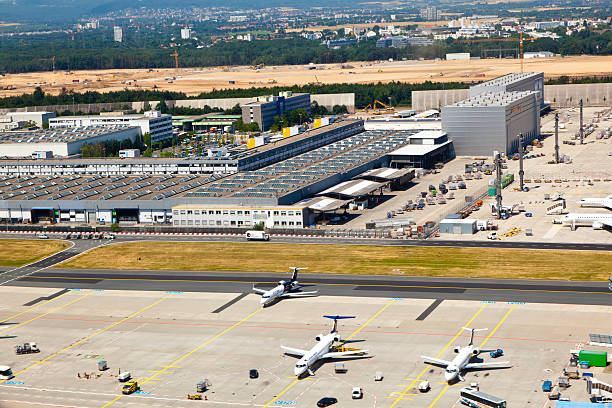 Vue aérienne de nouvelles pistes en cours de construction - Photo