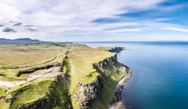 Luftaufnahmen von den Klippen am Lealt fällt - Isle Of Skye - Schottland – Foto
