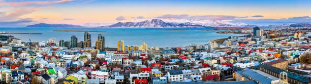 aerial panorama of downtown reykjavik - islandia zdjęcia i obrazy z banku zdjęć