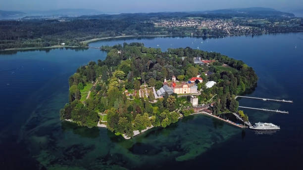 Aerial panorama of Mainau Island on calm morning at Lake Constance (Bodensee), Germany Aerial view of Mainau Island, Germany Bodensee stock pictures, royalty-free photos & images