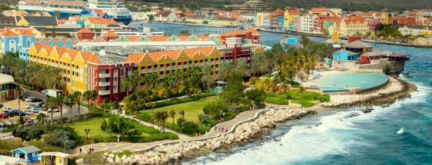 Luftbild von Willemstad auf der Insel Curacao – Foto