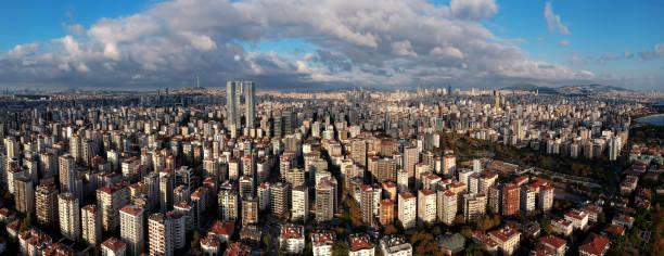 воздушный панорамный вид на анатолийской стороне стамбула - стамбул стоковые фото и изображения