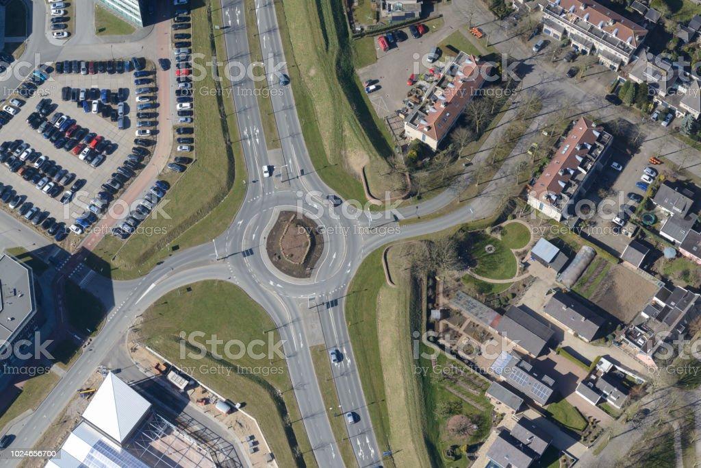 Luftaufnahme eines Kreisverkehrs – Foto
