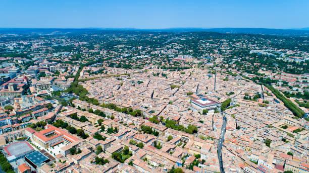 photo aérienne d'aix en provence - aix en provence photos et images de collection