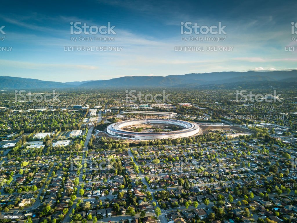 Aerial photo of Apple new campus under construction in Cupetino stock photo
