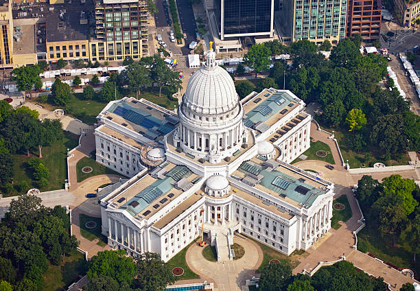 Aerial photograph of Wisconsin State Capitol An aerial photograph of the Wisconsin State Capitol taken in the summer during the morning. Canon 5D camera, Adobe RGB color profile. wisconsin state capitol stock pictures, royalty-free photos & images