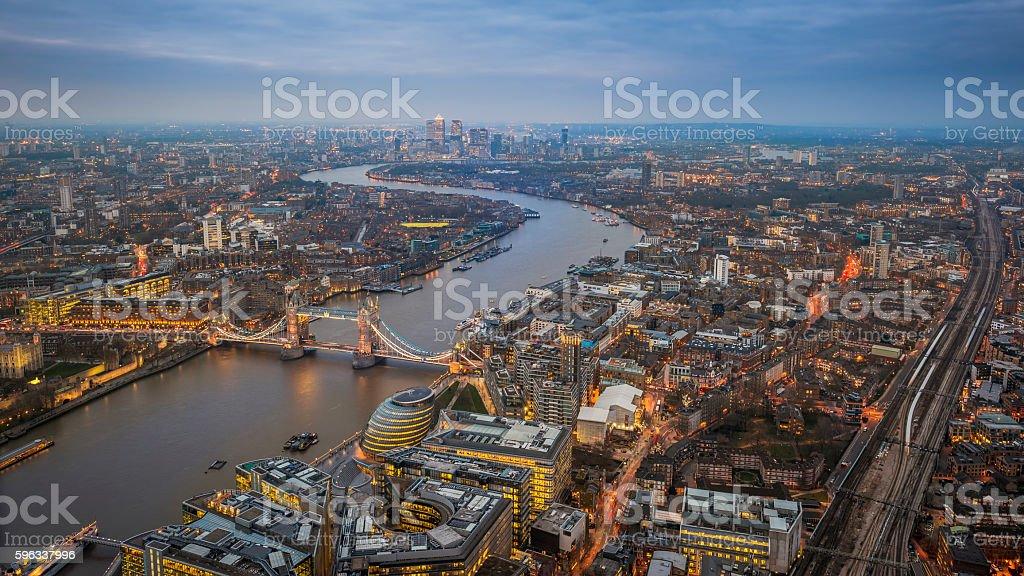 Aerial Skyline view of London with the iconic Tower Bridge Lizenzfreies stock-foto