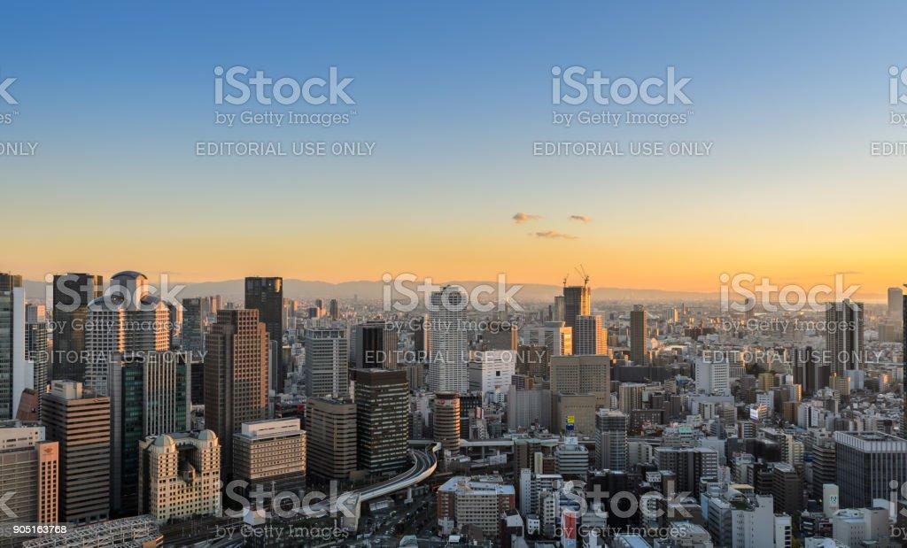 Sonnenuntergang Luftaufnahme Stadtbild Unternehmens Innenstadt in Umeda Bezirk, Osaka, Japan – Foto