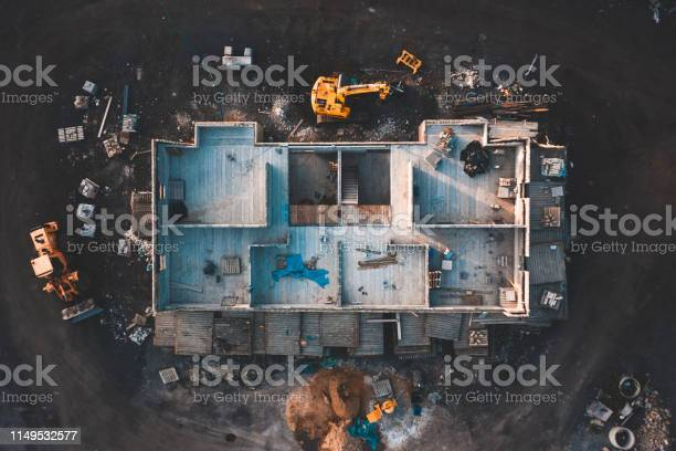 Aerial top down shot of a house frame on a construction site by mud picture id1149532577?b=1&k=6&m=1149532577&s=612x612&h=ichsysuluemdomfatrr2csppg5wlaqggmt6bgz r ke=