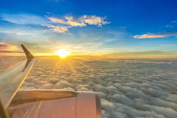 비행기 창에서 공중 보기 - 이베리아 반도 뉴스 사진 이미지