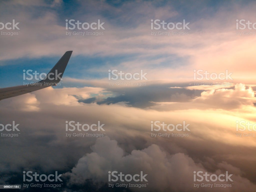 Вид с воздуха из окна самолета, летящего над Новой Зеландией в Австралию - Стоковые фото Авиакосмическая промышленность роялти-фри