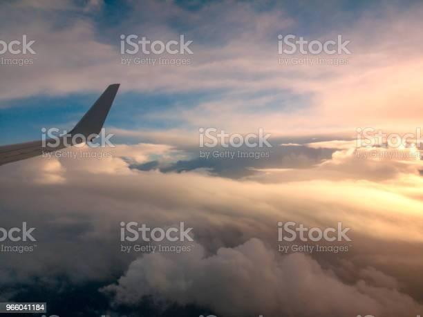 Вид С Воздуха Из Окна Самолета Летящего Над Новой Зеландией В Австралию — стоковые фотографии и другие картинки Авиакосмическая промышленность