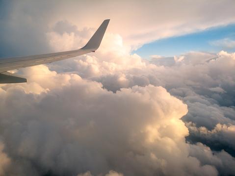 Luchtfoto Uit Een Vliegtuig Venster Over Nieuwzeeland Vliegen Naar Australië Stockfoto en meer beelden van Achtergrond - Thema