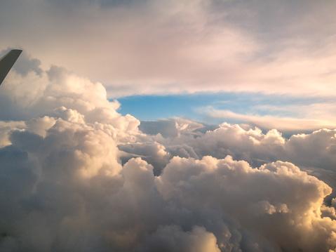Flygfoto Från Ett Flygplan Fönster Flyger Över Nya Zeeland Till Australien-foton och fler bilder på Atmosfär - Evenemang