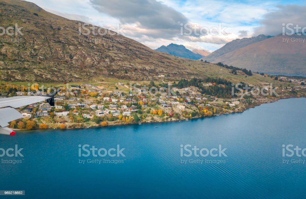 Aerial View from an Airplane Window flying over Queenstown, New Zealand zbiór zdjęć royalty-free