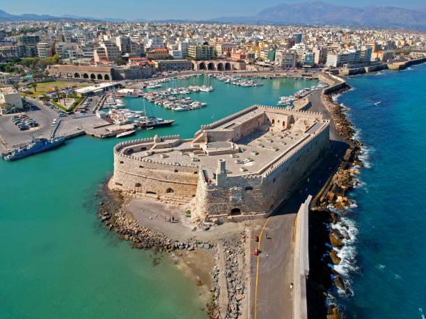 Antenne zu sehen, wenn Iraklion, Hauptstadt der Insel Kreta – Foto