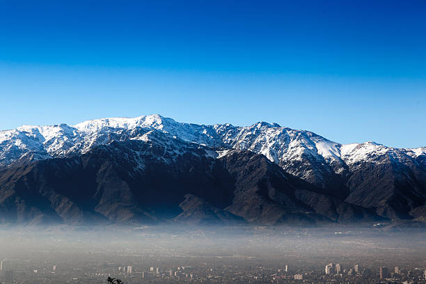 aerial view of a city andes, santiago, chile - 安地斯山脈 個照片及圖片檔