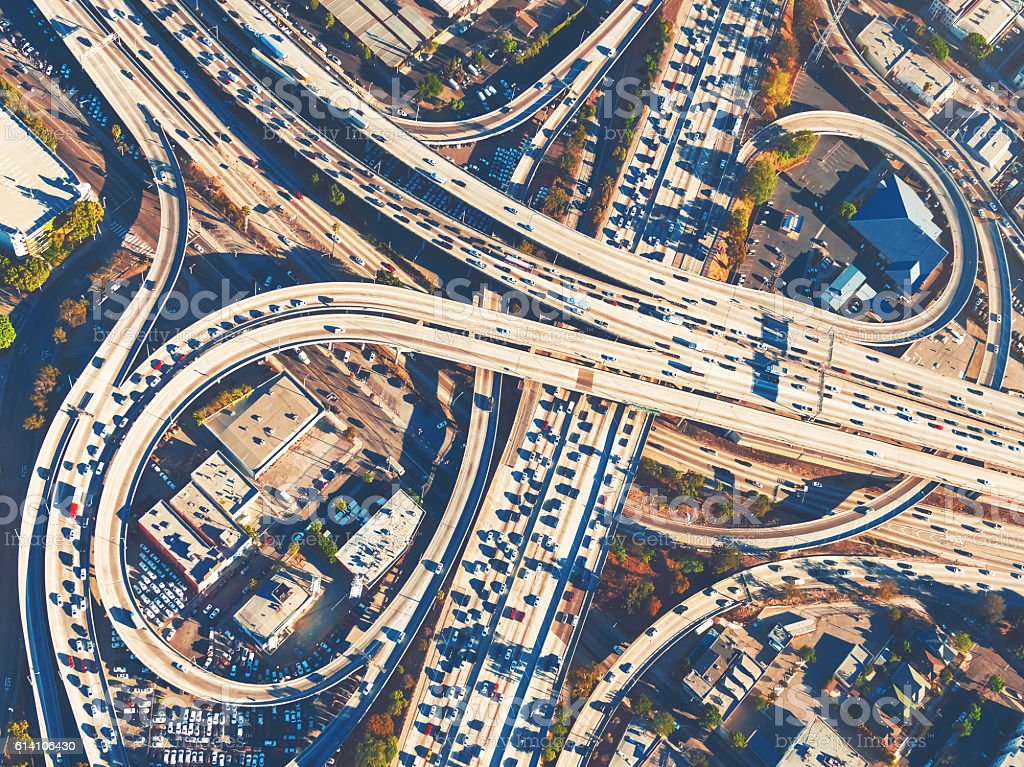 Aerial view of a freeway intersection in Los Angeles bildbanksfoto