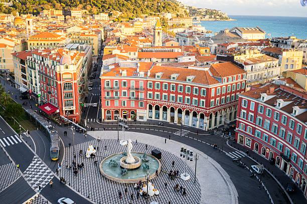 widok z lotu ptaka na apollon statua, miejsce massena, nicea, morze śródziemne - francja zdjęcia i obrazy z banku zdjęć
