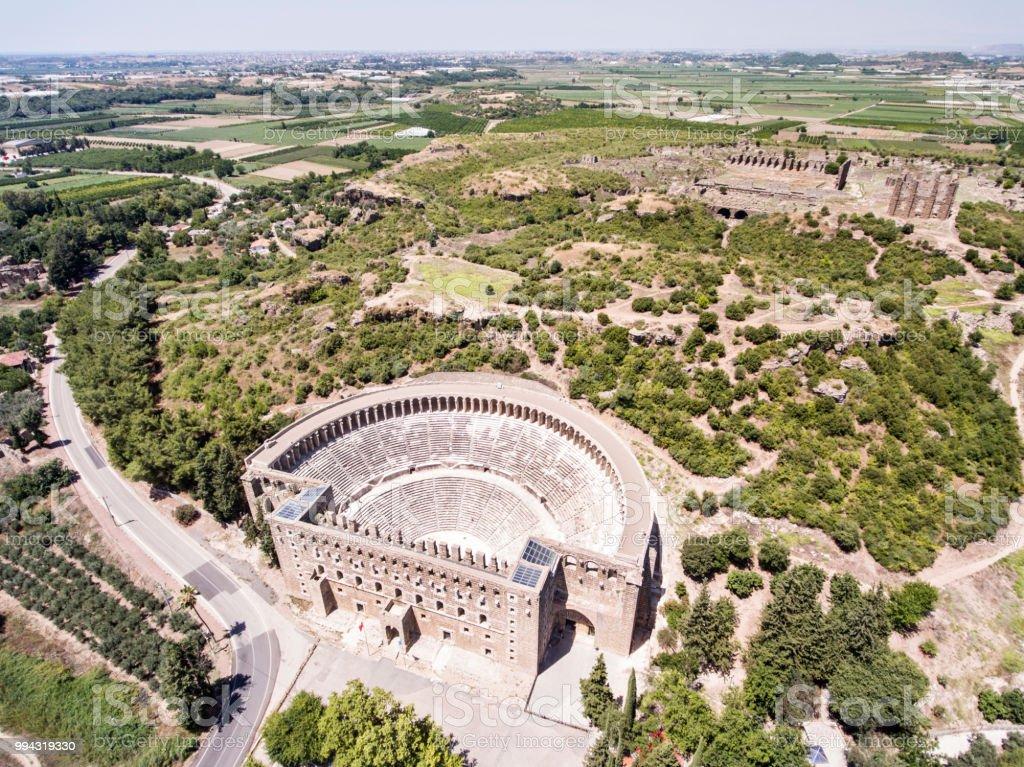 Aspendos Tiyatrosu'nun havadan görünümü stok fotoğrafı