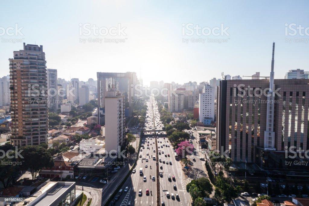 Vista aérea de la Avenida 23 de Maio, Sao Paulo, Brasil - foto de stock