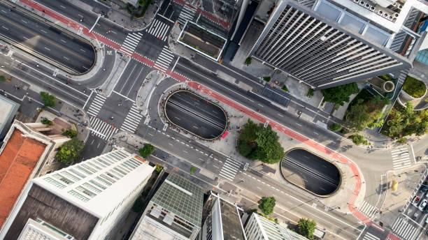 aerial view da avenida paulista na cidade de são paulo. - sao paulo - fotografias e filmes do acervo