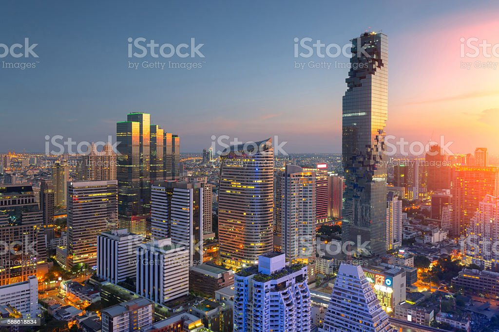 Aerial view of Bangkok modern office buildings, condominium圖像檔