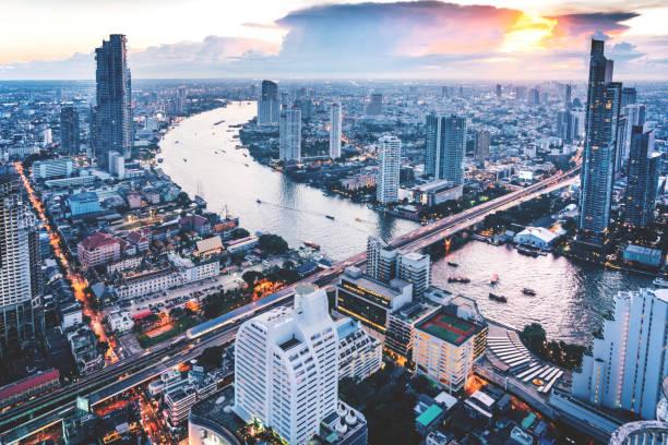 aerial view of bangkok, thailand - bangkok zdjęcia i obrazy z banku zdjęć