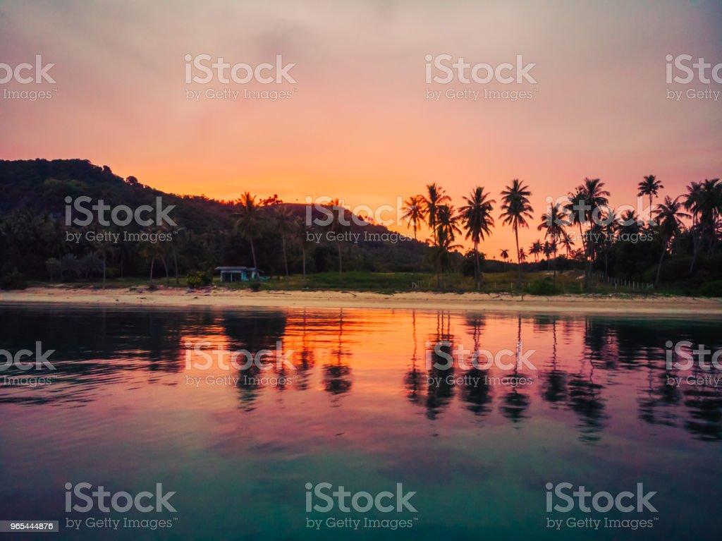 Luftaufnahme des schönen tropischen Strand und Meer mit Palmen und anderen Baum in Koh Samui Insel - Lizenzfrei Blau Stock-Foto
