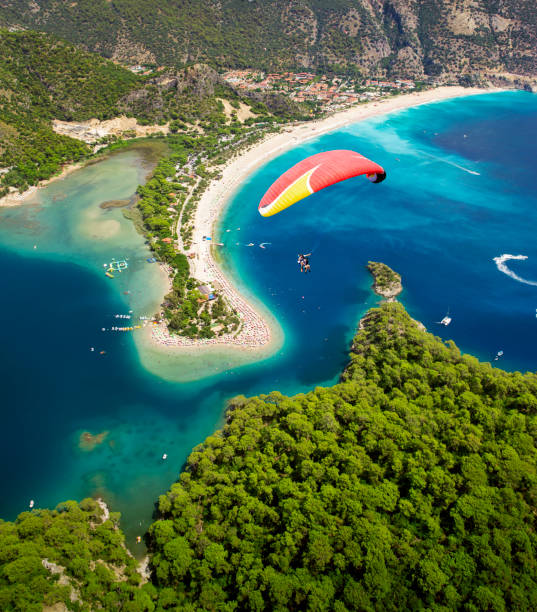 Luftaufnahme des Blue Lagoon in Oludeniz, Fethiye, Türkei – Foto