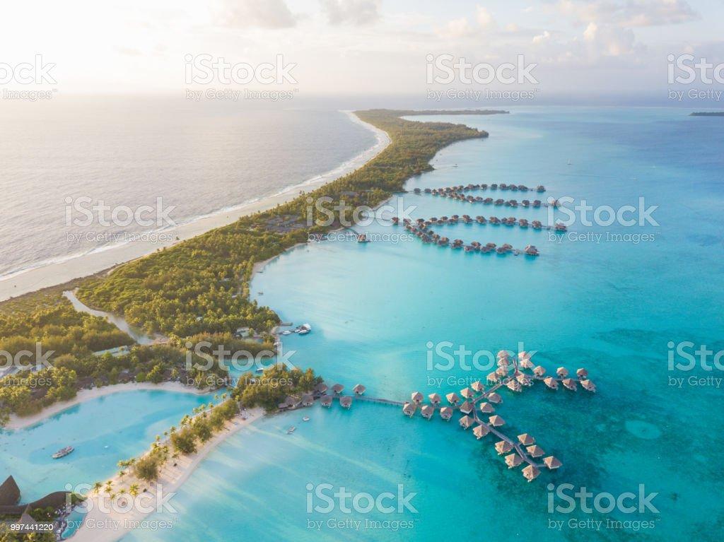 Vista aerea de Bora Bora, Polinesia francesa - foto de stock