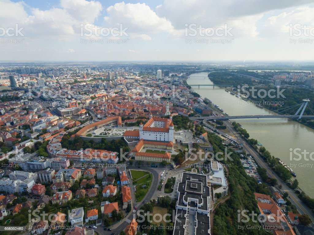 Aerial view of Bratislava castle and Danube river – Foto