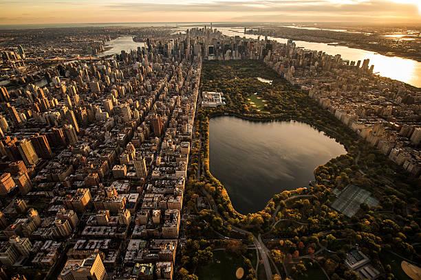 widok z lotu ptaka central park - central park manhattan zdjęcia i obrazy z banku zdjęć
