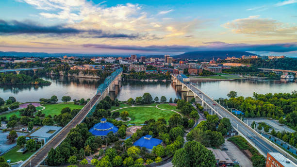 Aerial View of Chattanooga Tennessee TN Skyline Drone Aerial View of Downtown Chattanooga Tennessee TN Skyline and Tennessee River tennessee river stock pictures, royalty-free photos & images