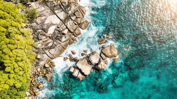 해안선-안 세 로얄-마헤 섬-세이셸의 항공 보기 - 마헤 섬 뉴스 사진 이미지
