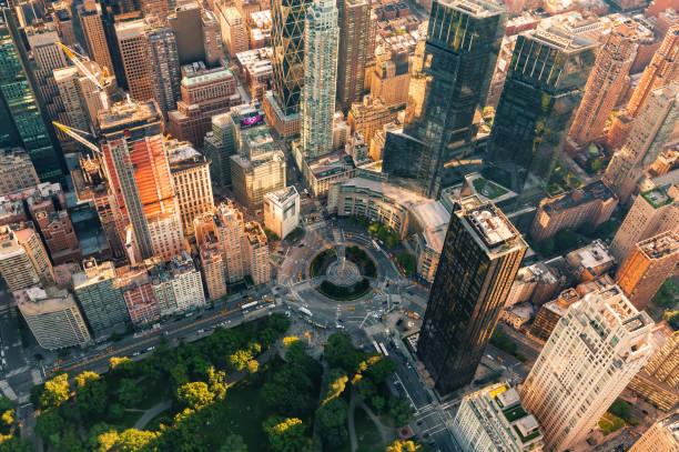 aerial view of columbus circle in nyc - central park manhattan zdjęcia i obrazy z banku zdjęć