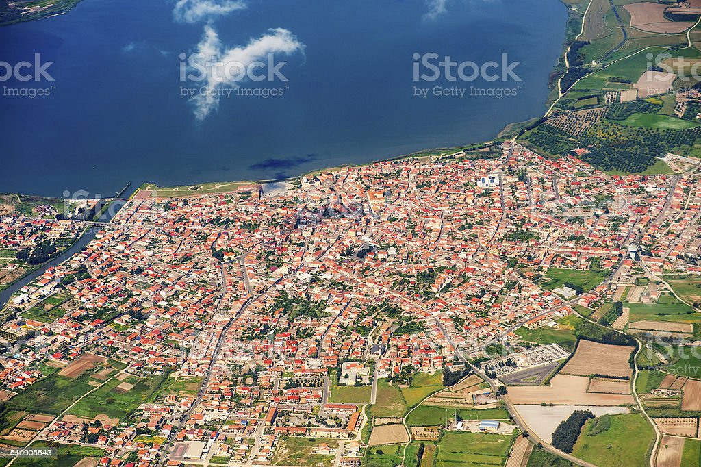 Vista aérea do porto comercial - foto de acervo