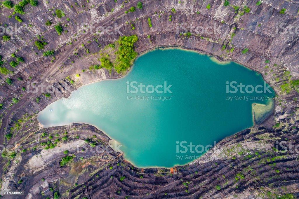 Luftaufnahme des tiefen See von mir – Foto