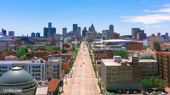 istock Aerial view of Detroit city with Woodward ave 1319554394