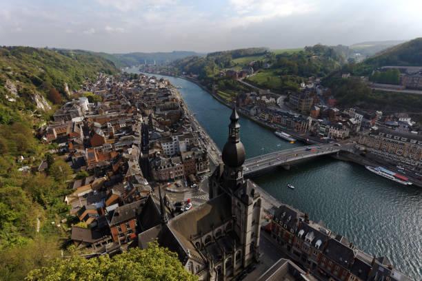 luchtfoto van dinant, belgië - maasvallei stockfoto's en -beelden