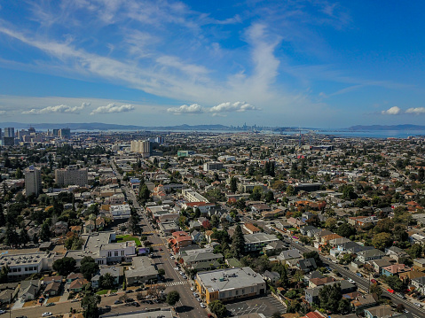 istock Aerial view of downtown Oakland and San Francisco 1047645016